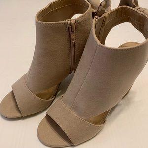 Peep toe heels